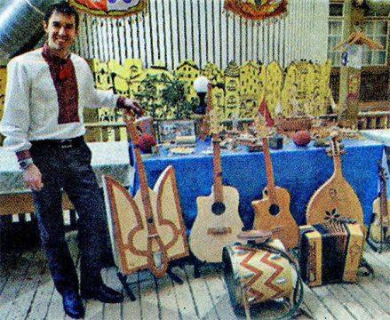 Уникальный музыкальный ансамбль и инструменты из спичек