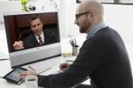 Ученые нашли способ определить по стилю участников общения, кто в компании главный